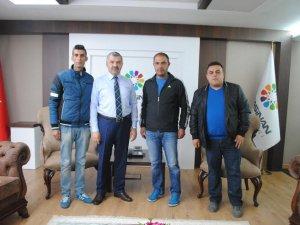 Güneşspor Kocasinan Belediye Başkanı Çelik'i ziyaret etti