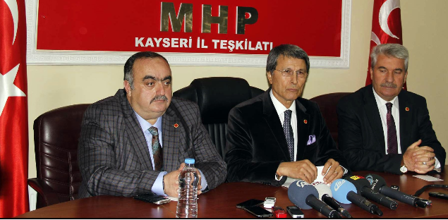 """YUSUF HALAÇOĞLU:""""ABD, PYD VE PKK'YI YAPTIĞI SİLAH YARDIMI İLE MEŞRU HALE GETİRDİ"""""""