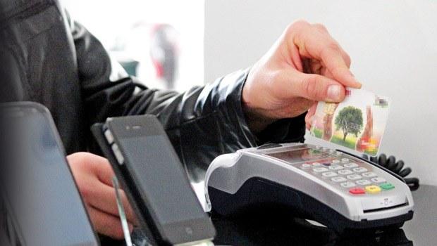 Cep telefonlarında taksit yasağı kalkıyor mu?