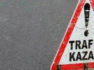 Kocasinan Tuna Caddesi'nde Öğrenci servisi ile kamyon çarpıştı: 12 yaralı