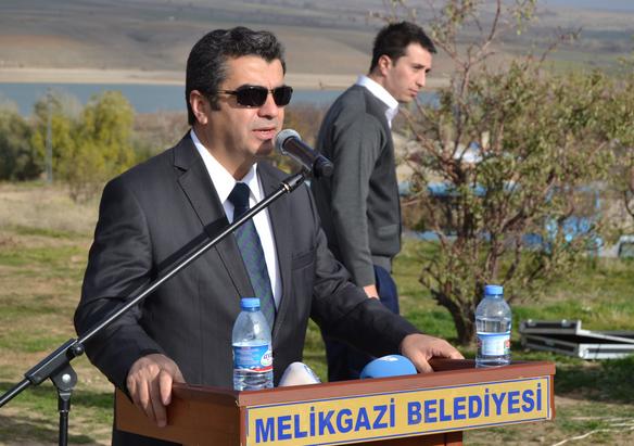 Melikgazi Kaymakamlığı ve Melikgazi Belediyesi ortaklaşa fidan dikti
