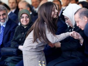 Küçük Kızdan Cumhurbaşkanı Erdoğan'a sürpriz