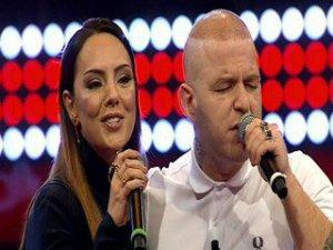 O Ses Türkiye'de Gökhan ile Ebru'dan arabesk düet-video
