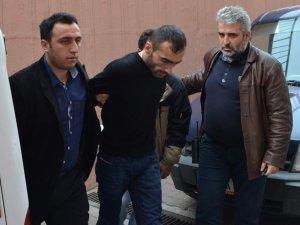 Kayseri'de Cinayet Kız arkadaşını vurdu sonra'da ekmek bıçağını aldı balkona çıktı