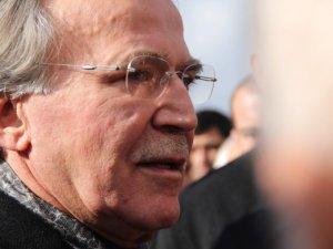 Cenaze namazında Mehmet Ali Şahin gözyaşlarını tutamadı
