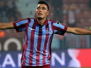 Oscar Cardozo, maç topunu evine götürdü
