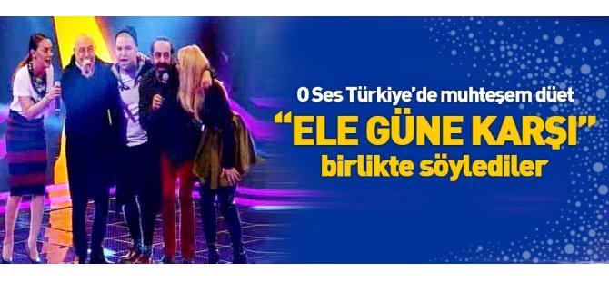 O Ses Türkiye jürisinden muhteşem Ele güne karşı düet!