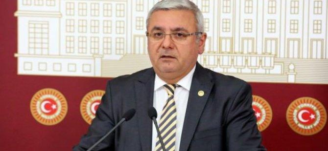 Erdoğan'a hakaret etmesi AK Partilileri çileden çıkardı