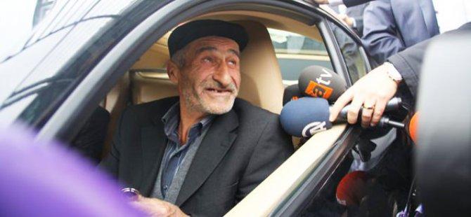 PORSCHE KAZANDI BEZCİ'NİN SURATINA TELEFONU KAPATTI