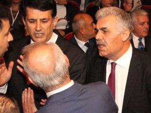 MHP'de seyhan'da gergin kongre