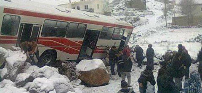 İncesu'da öğrencileri taşıyan otobüs şarampole yuvarlandı