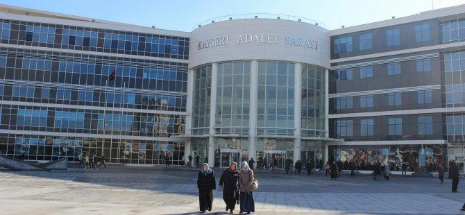 KAYSERİ'DE  ADLİYE ÖNÜNDE İNTİHARA KALKIŞTI
