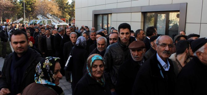 KAYSERİ'DE KAYIP-KAÇAK ELEKTRİK BEDELİ KUYRUĞU