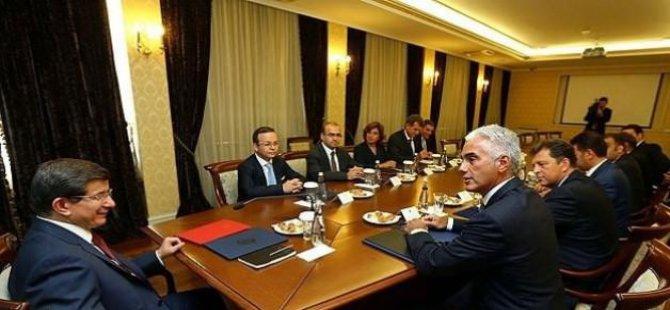 Davutoğlu, TÜSİAD'ın toplantısına katılmıyor