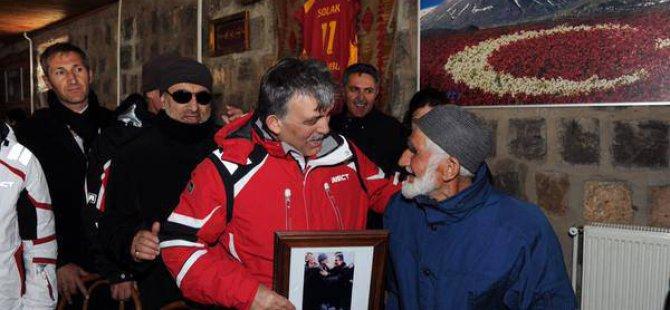 Abdullah Gül'den Kayakçı Hasan dede tweeti