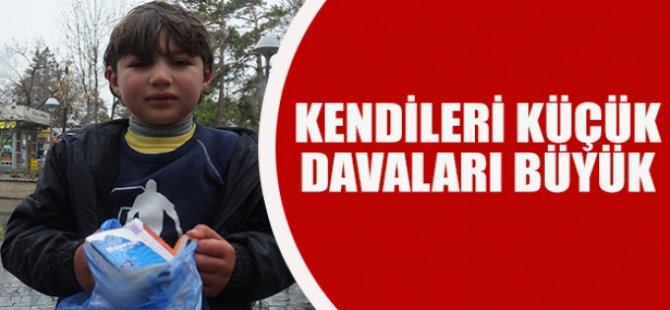 Kayseri' de ekmek kavgası veren çocuklar