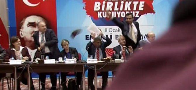 Kemal Kılıçdaroğlu'na ayakkabı fırlattı