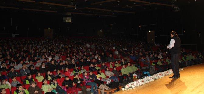 KOCASİNAN'DA 25 BİN ÖĞRENCİ ÇANAKKALE RUHUNU YAŞADI