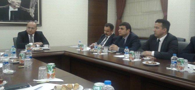 Sinan Burhan Başbakan Yardımcısı Yalçın Akdoğan'ı ziyaret etti