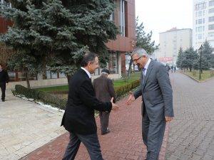 Niğde Valisi Kılıç Özhaseki'yi ziyaret etti