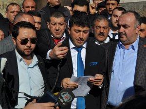 KAYSERİ'DE MHP ÇİN'E KAFA TUTTU