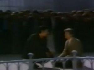 İlk Duran Adam Cüneyt Arkın Çıktı - VİDEO