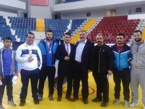 Kayseri Şeker Güreşçileri Mersin'den üçüncülükle döndü