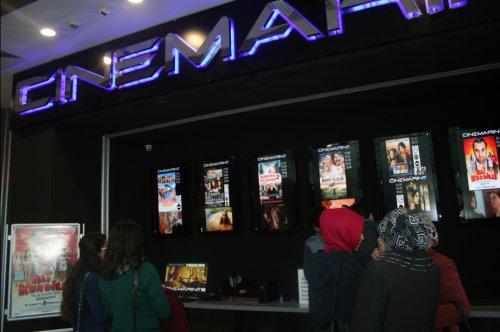 YILIN KOMEDİ FİLMİ 'KOCAN KADAR KONUŞ' CINEMARİNE'DE