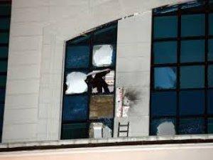 AK Parti seçim irtibat bürosuna silahlı saldırı