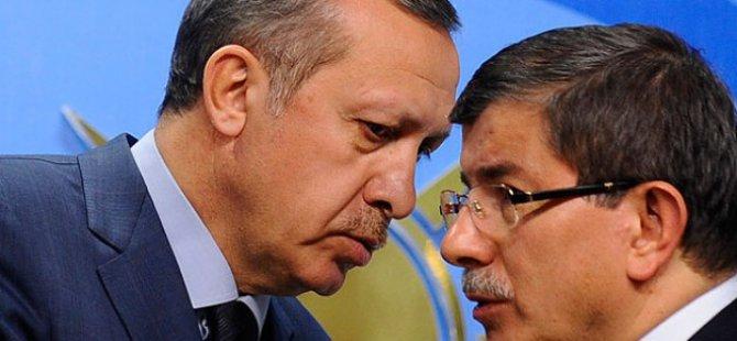 """Sinan Burhan Yazdı """"Erdoğan ve Davutoğlu ihtilafı mı?"""""""