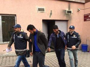 SAHTE POLİSLER KAYSERİ POLİSİNDEN KAÇAMADI