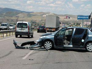 Kayseri'de Yaşanılan Trafik Kazalarında 24 Kişi Yaralandı