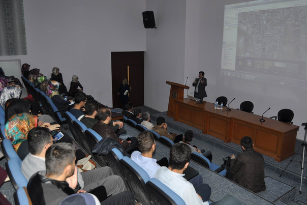 ERÜ'DE 'FİLİSTİN İZLENİMLERİ' KONULU KONFERANSI
