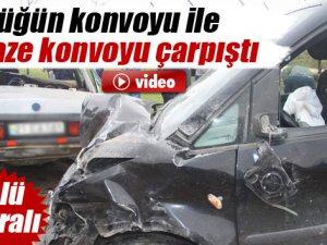 Düğün konvoyu ile cenaze konvoyu çarpıştı: 2 ölü, 6 yaralı