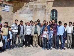 KAYSERİ'DE ÖĞRENCİLER TARİHİ MEKANLARI GEZDİ