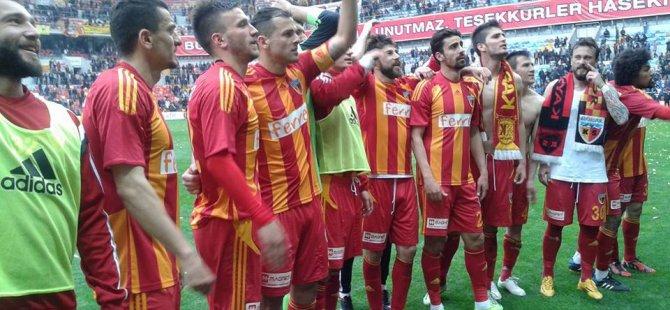 Ve Kayserispor yeniden Süper Lig'de