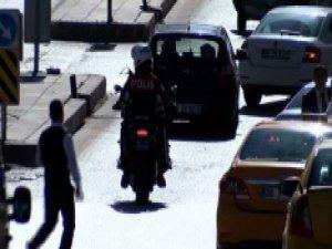 Taksicilerin kavgası kanlı bitti: 4 ağır yaralı