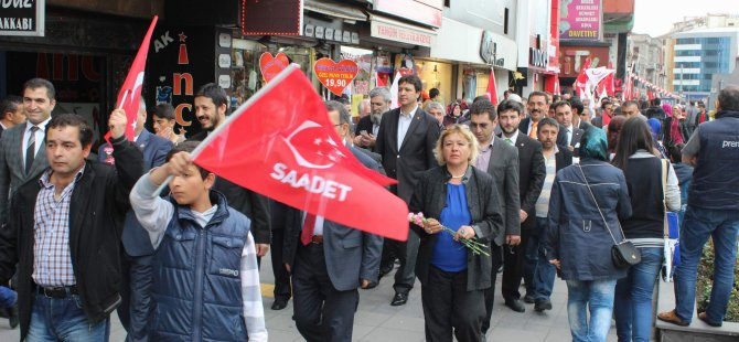 Saadet Partisi Kayseri'de 'Sevgi Yürüyüşü' yaptı