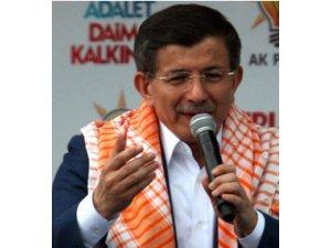 Davutoğlu: 'AK Parti'ye iftira attılar'