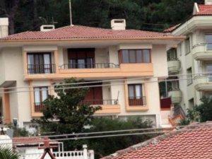 Evren'in lüks villası 8 yıldır satılamıyor