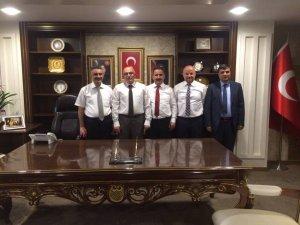 GAZETECİLER İL BAŞKANI H.CAHİD ÖZDEN'İ ZİYARET ETTİ