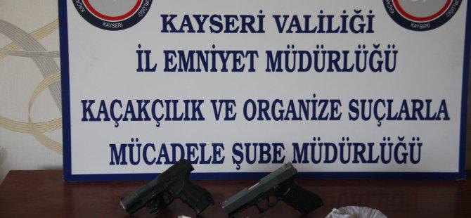 KAYSERİ'DE UYUŞTURUCU TACİRLERİNE GÖZALTI