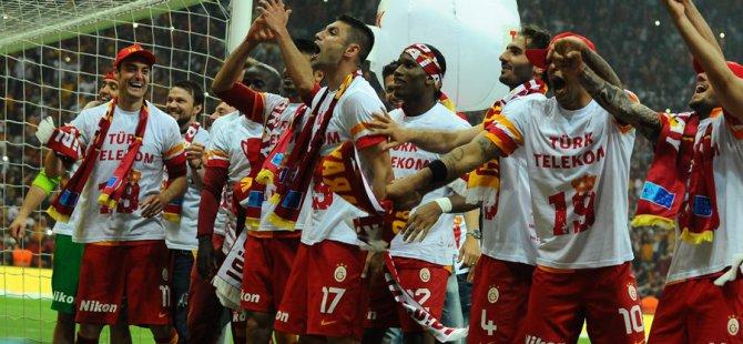 Galatasaray'a özel beste İzle