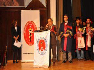 Erciyes Üniversitesi'nden Şaban Ünlü'ye plaket