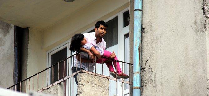 Kayseri'de öfkeli baba çocuğunu rehin aldı boynuna ip geçirdi