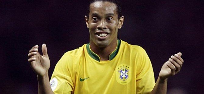 Ve Ronaldinho resmen açıkladı