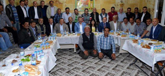 ŞEKER YÖNETİCİLERİ ŞARKIŞLA'DA ÇİFTÇİLERLE SAHUR YAPTI