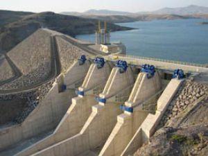 Yamula barajı'nda Tekneyi İzinsiz Alan Kişi Karakola Teslim Oldu