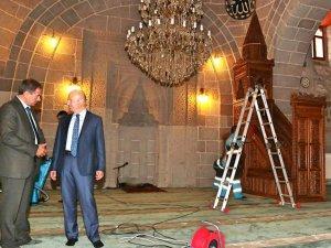 Çolakbayrakdar Camileri Gül Suyuyla Yıkıyoruz
