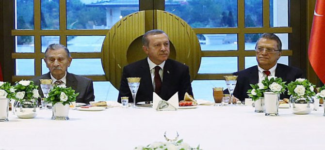 Erdoğan bu fotoğrafı Davutoğlu'na mesaj mı?